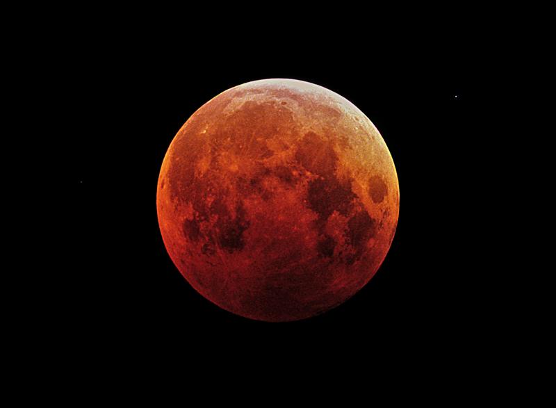 Total Lunar Eclipse - October 27, 2004